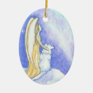 Ángel y ornamento del navidad de Borealis de la Adorno Navideño Ovalado De Cerámica