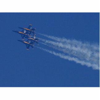 Ángeles azules de los aviones de reacciones fotoescultura vertical