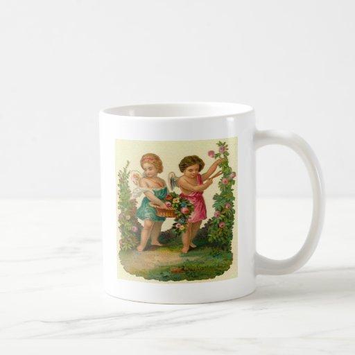 Ángeles en el jardín tazas
