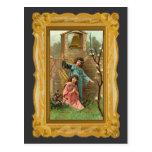 Ángeles en un jardín con Bell de oro Postal