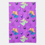 Ángeles en violeta - ornamentos y trompetas toallas de cocina