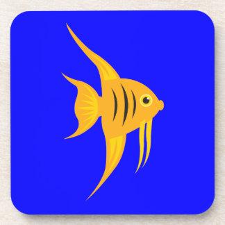 AngelFish en el mar azul profundo Posavasos De Bebida