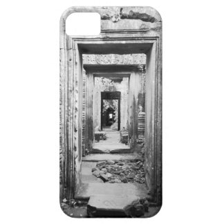 Angkor Cambodia, Doorways Preah Khan iPhone SE/5/5s Case
