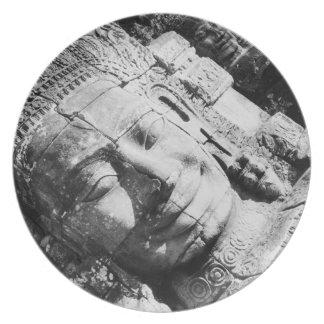 Angkor Cambodia, Head The Bayon Dinner Plates