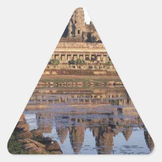 -Angkor-Wat-[kan.k] Triangle Sticker