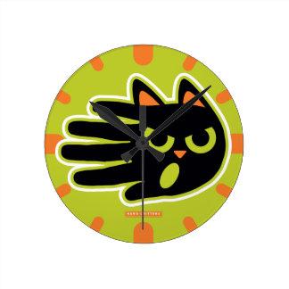 Angry Cat Round Clock