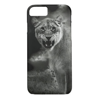 Angry lion in black and white iPhone 8/7 case