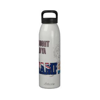 Anguillan y un campeón botella de agua
