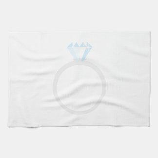Anillo de compromiso del diamante toalla de cocina