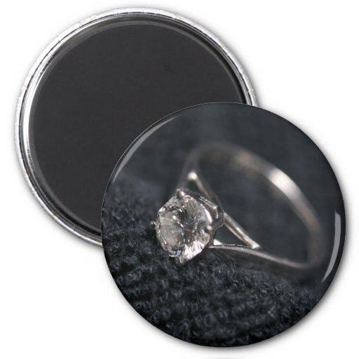 Anillo de diamante del compromiso imán de frigorífico