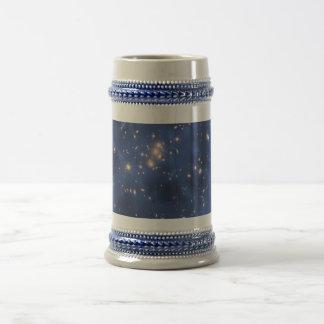 Anillo de la materia oscura en un racimo de la gal jarra de cerveza