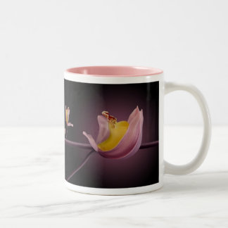 Anillo de la orquídea taza de café