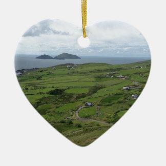Anillo de la vista al mar del irlandés de Kerry Adorno De Cerámica En Forma De Corazón