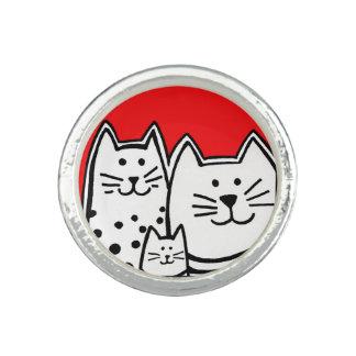 Anillo de tres gatitos
