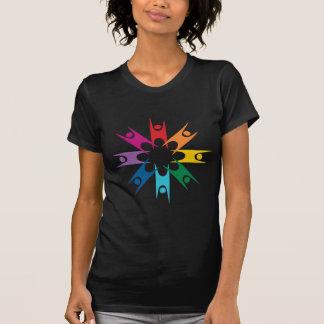 Anillo del arco iris de humanistas remeras