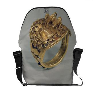 Anillo del caballo (oro y cornalina) bolsa messenger