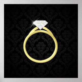 Anillo del solitario del diamante póster