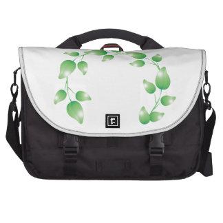 Anillo verde de la guirnalda de la hoja bolsas para ordenador