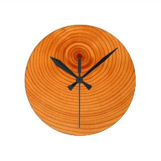 Anillos de árbol de madera relojes