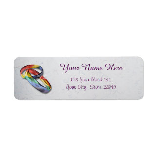 Anillos de bodas del arco iris para la igualdad de etiquetas de remite