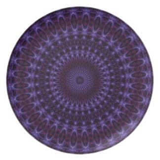 Anillos púrpuras plato de cena