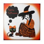 Animado que sienta a la bruja de Halloween Azulejos Ceramicos