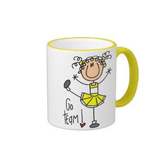 Animadora amarilla tazas