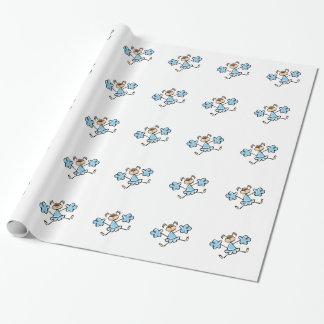 Animadora de los azules cielos papel de regalo