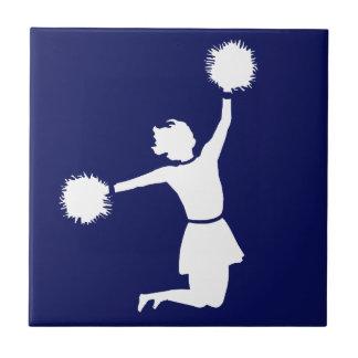 Animadora en silueta con el azul Trivet de Poms Azulejo Cuadrado Pequeño
