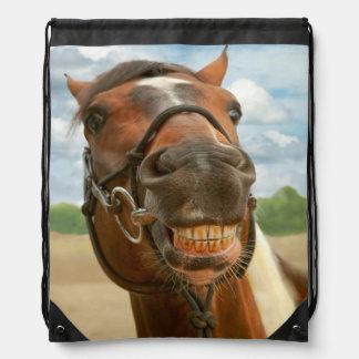 Animal - caballo - finalmente bajé de mis apoyos mochilas