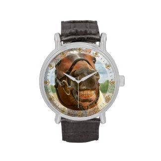 Animal - caballo - finalmente bajé de mis apoyos relojes de mano