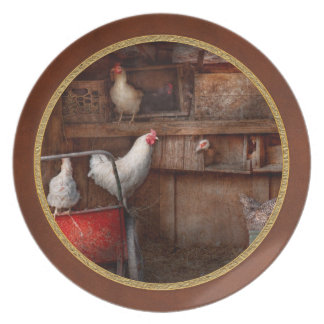 Animal - Chicken - The duck is a spy Plate