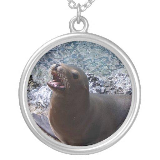 animal de mar lindo de la foto abierta de la boca  collares personalizados