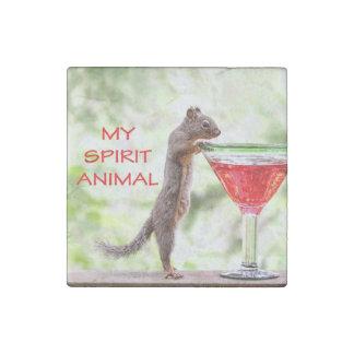 Animal del alcohol de la ardilla imán de piedra
