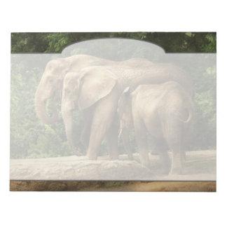 Animal - Elephant - Tight knit family Notepad