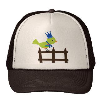 Animal lindo del dibujo animado de la cerca de la gorra