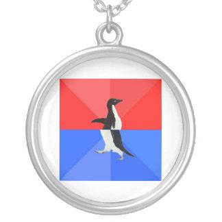 Animal social confuso Meme del consejo del pingüin Colgante Redondo