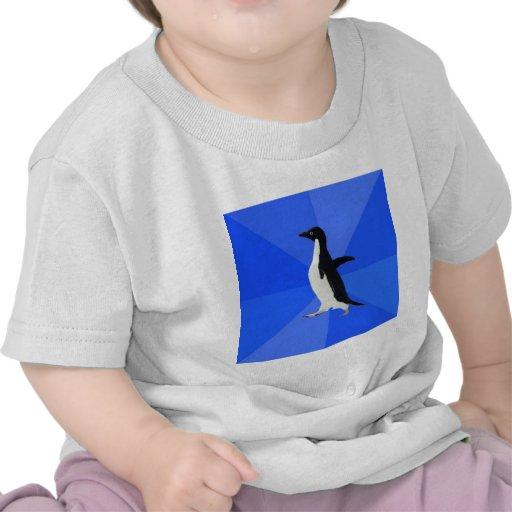 Animal social torpe Meme del consejo del pingüino Camisetas