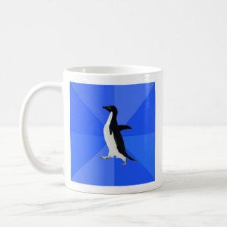 Animal social torpe Meme del consejo del pingüino Taza Básica Blanca