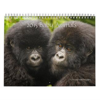 Animales 2015 del bebé por fotografía de la fauna calendario