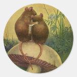 Animales del amor y del romance del vintage, raton etiqueta redonda