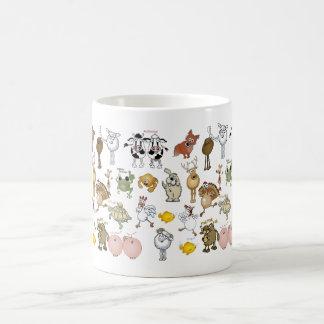 Animales del dibujo animado en una taza