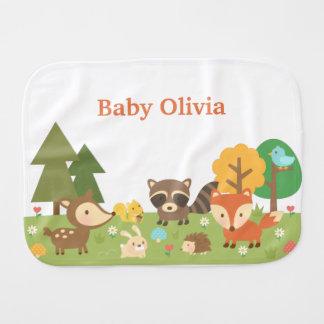 Animales lindos del bosque del arbolado para los paños de bebé