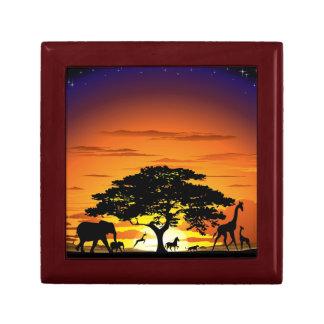 Animales salvajes en giftbox de la puesta del sol  joyero cuadrado pequeño