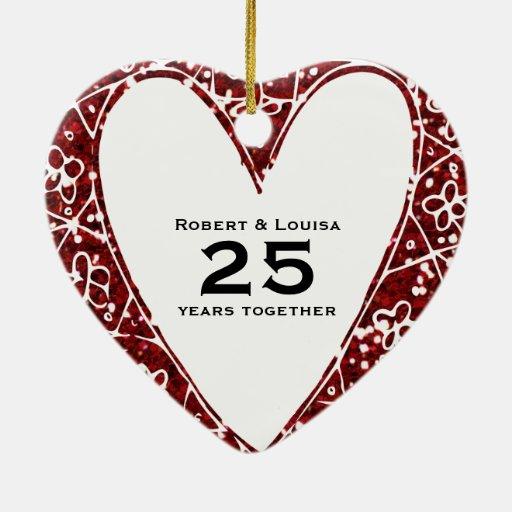 Aniversario blanco del poema del amor del corazón adorno navideño de cerámica en forma de corazón