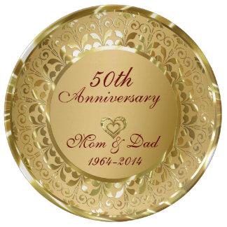 Aniversario chispeante metálico del oro 50.o plato de cerámica