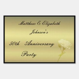 Aniversario color de rosa de oro señal