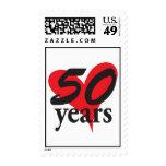 aniversario de 50 años con el corazón sello