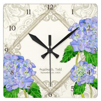 Aniversario de boda azul del Hydrangea del remolin Relojes De Pared