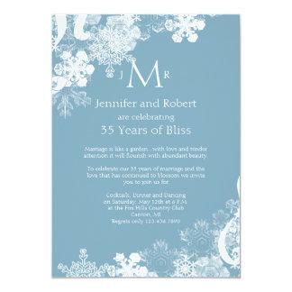 """Aniversario de boda blanco azul del copo de nieve invitación 5"""" x 7"""""""